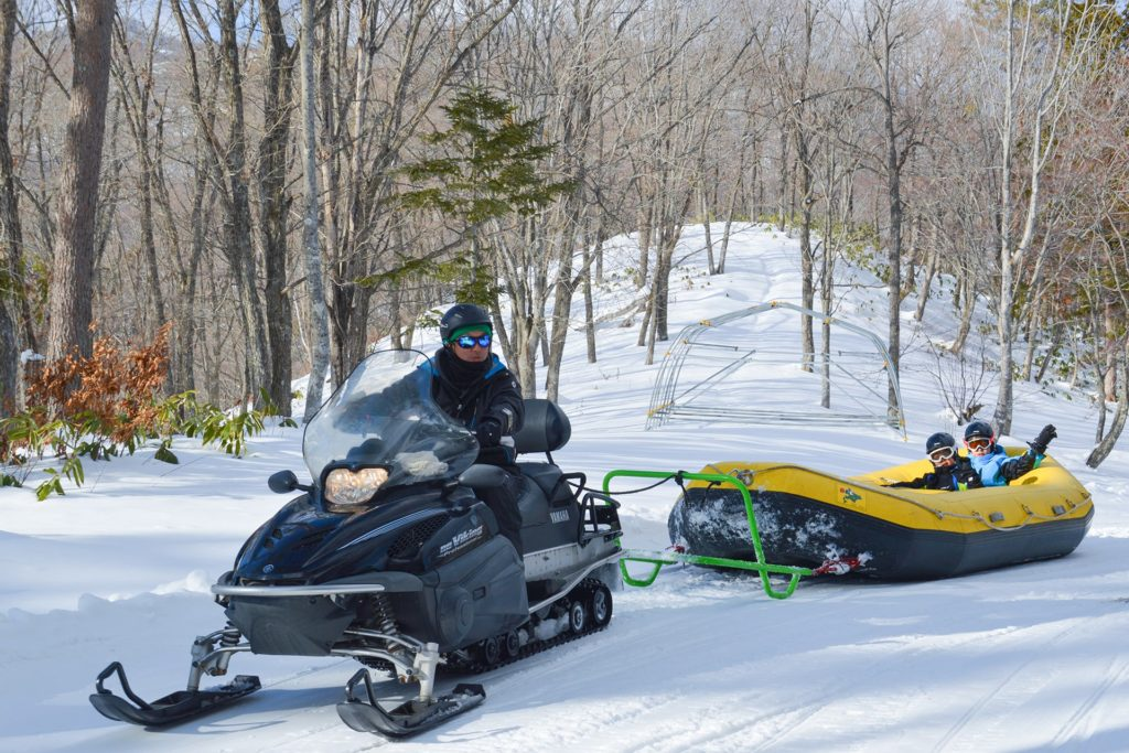 ひるがの高原スキー場のスノーラフティング