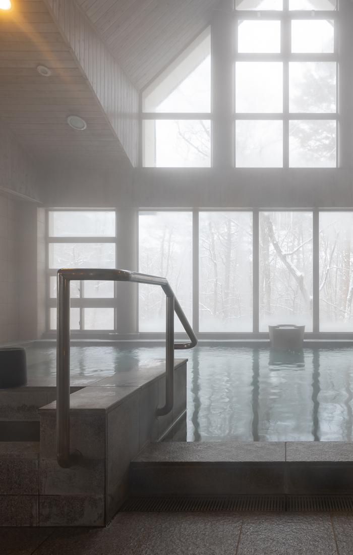 ハーブの香りの温泉でリラックス