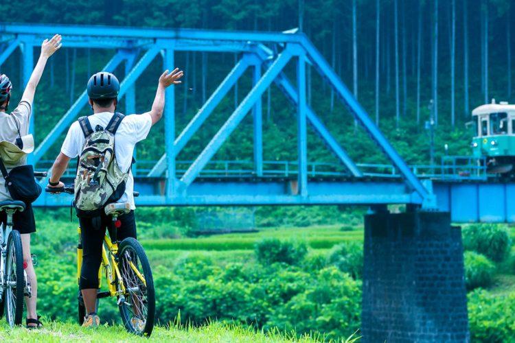 郡上八幡〜美並・長良川サイクルクルーズとグランピングコース「大自然に五感を解放する、大人のアウトドア旅」